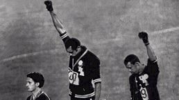 851200-black-power-salute