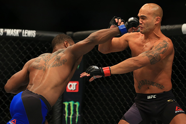 UFC 201: Lawler v Woodley