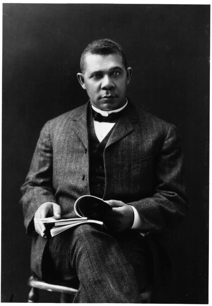 BOOKER T. WASHINGTON HALL OF FAME AMERICAN